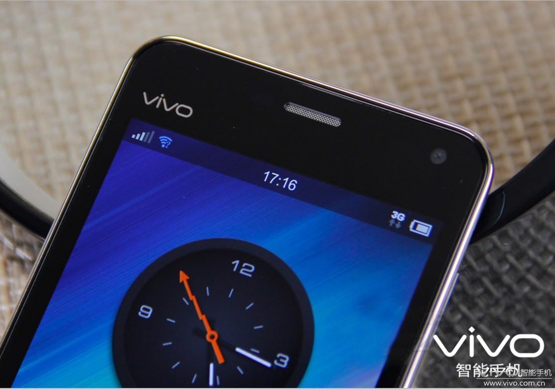 手机顶部的vivo标志+ 触屏:-之苏州小馒头的vivoX1极致外观体验