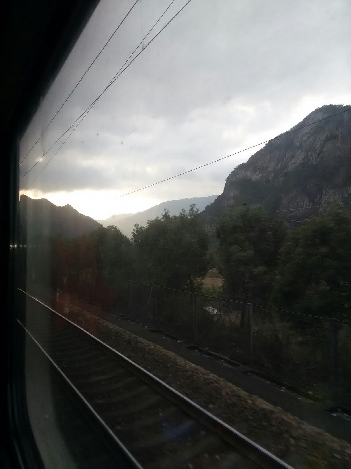 早安~窗外的风景