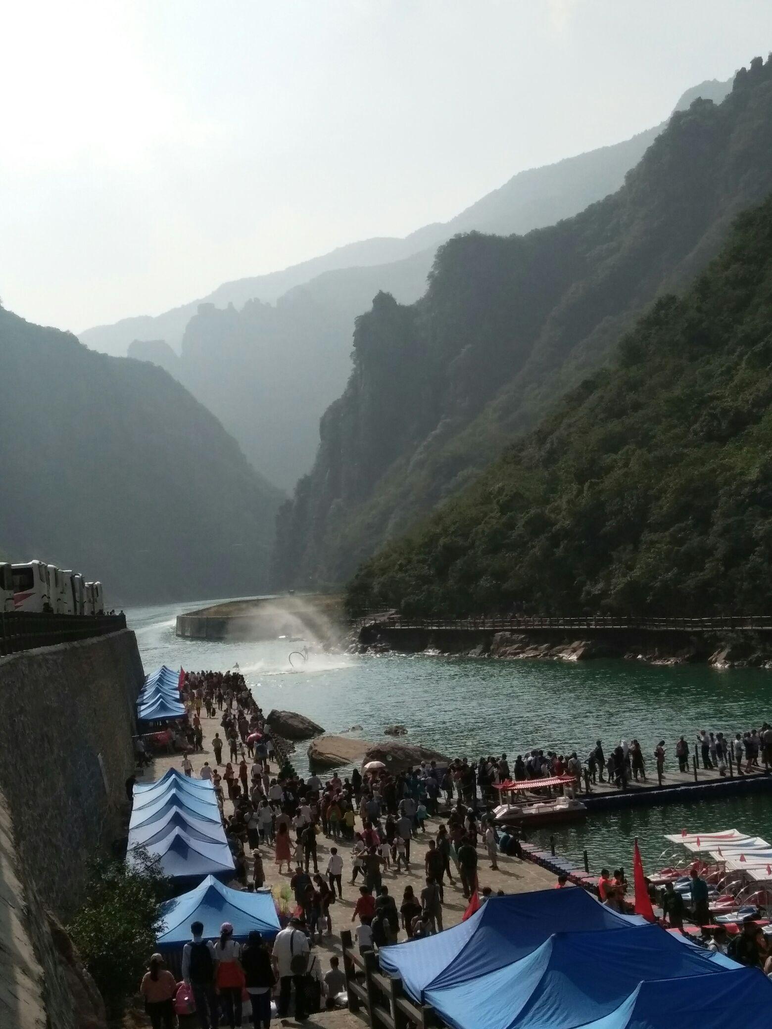 新乡宝泉风景区高清图片