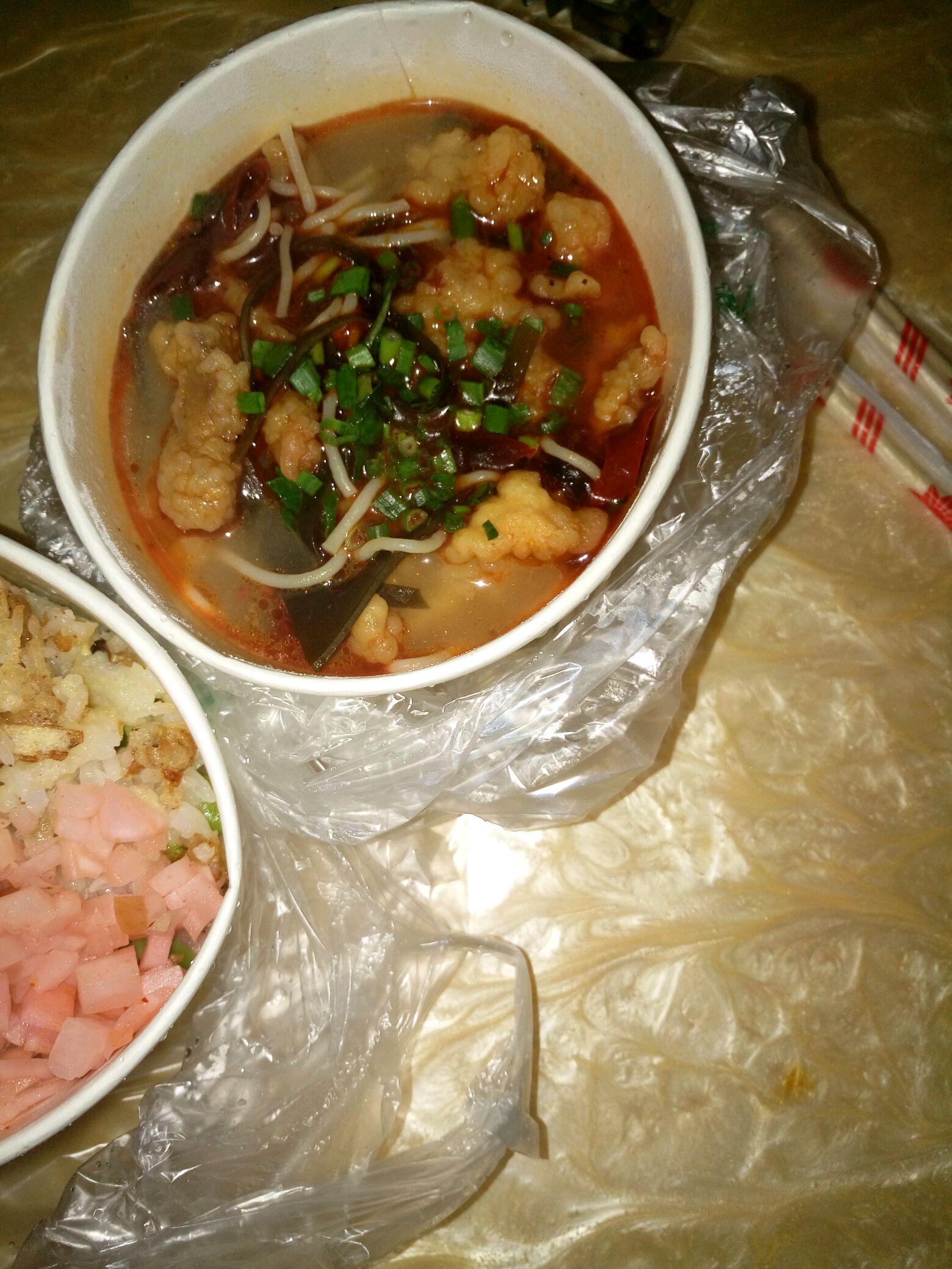砂锅饭砂锅米线
