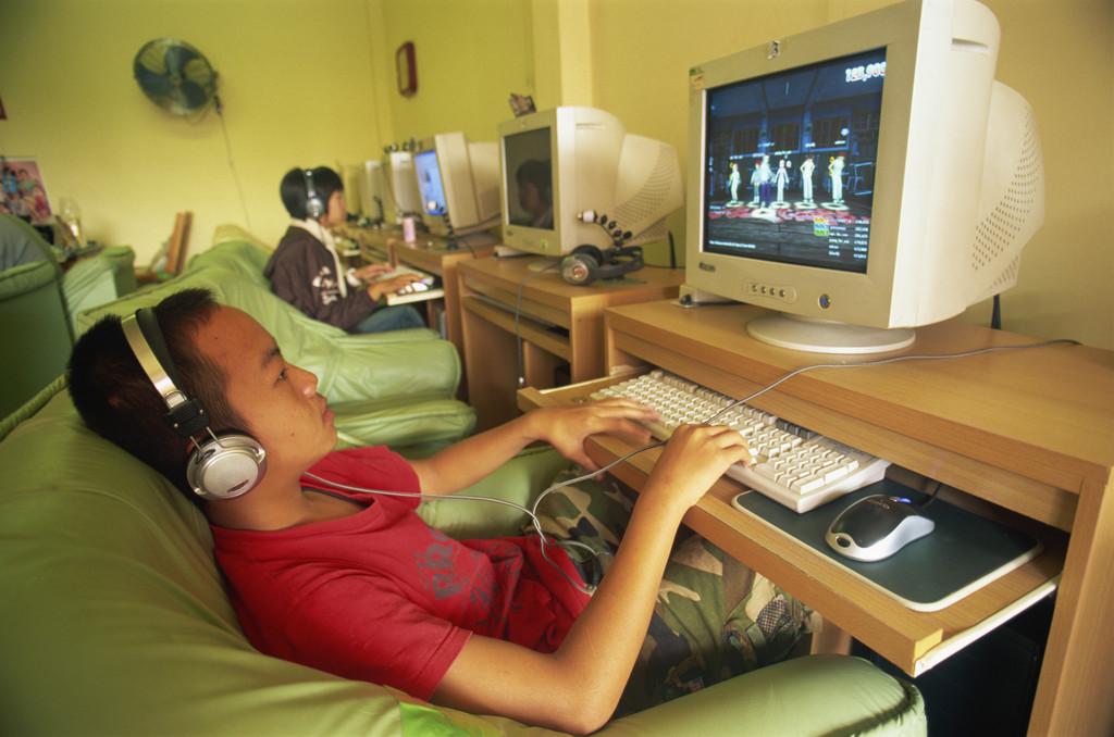 该不该禁止小学生玩游戏?-v粉家园-vivo智能手机v粉图片