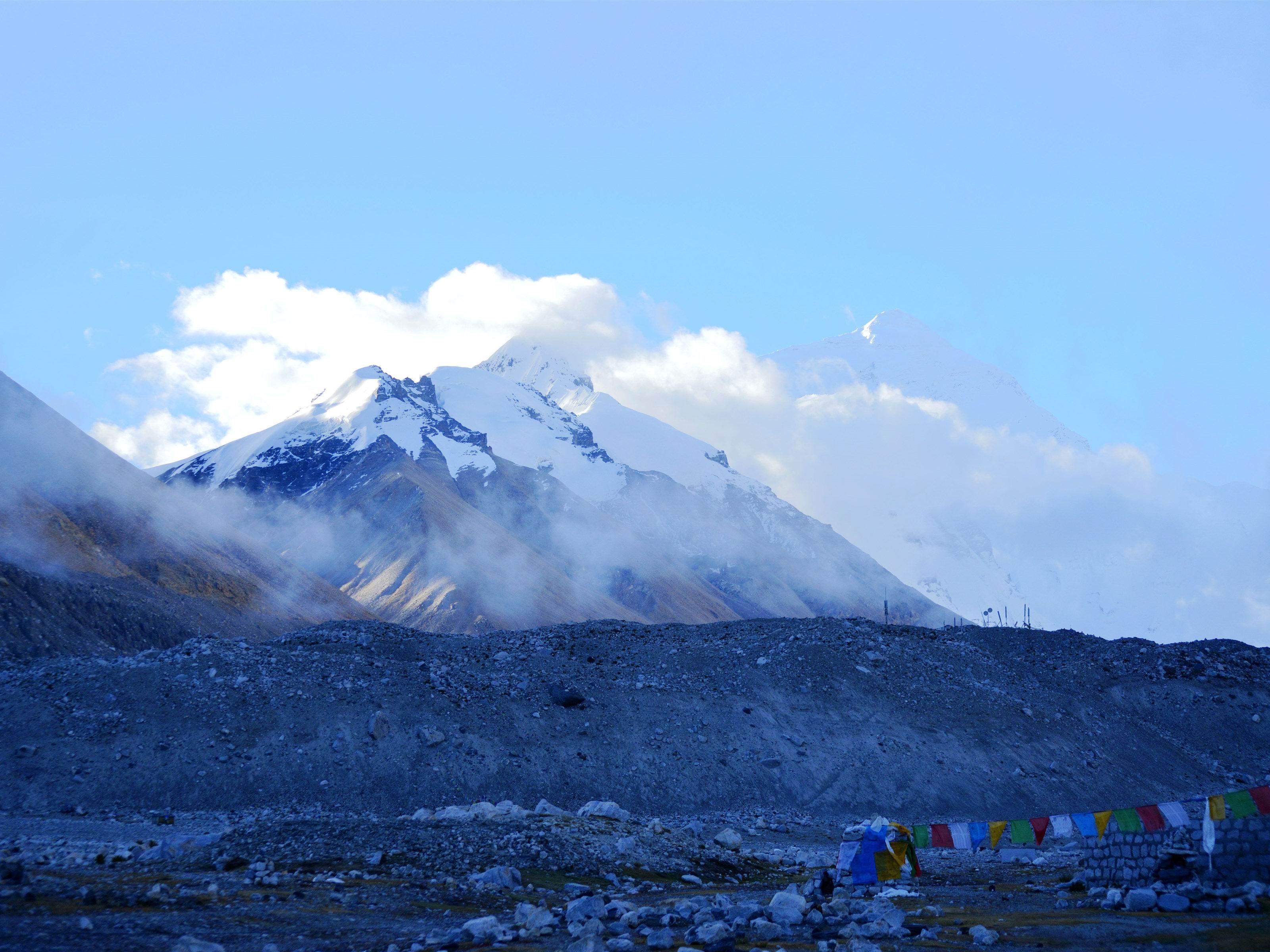 【v粉壁纸】珠穆朗玛峰风景高清图片-资源分享-vivov