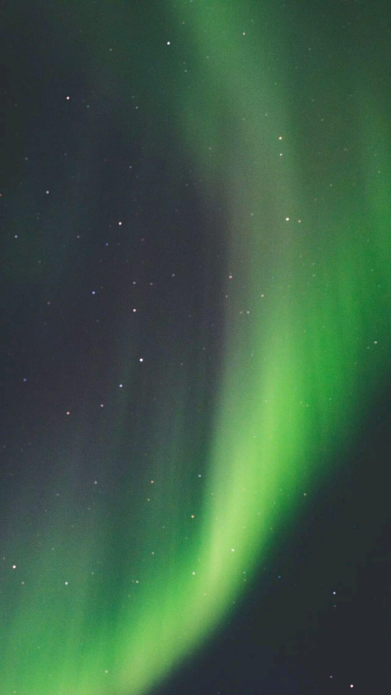 相比美国,加拿大,冰岛,芬兰等国家,俄罗斯极光之旅最大的优势之一是