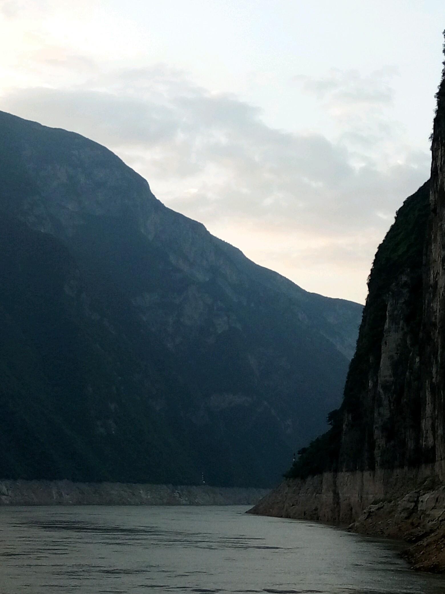 壁纸 大峡谷 风景 山水 桌面 1560_2080 竖版 竖屏 手机