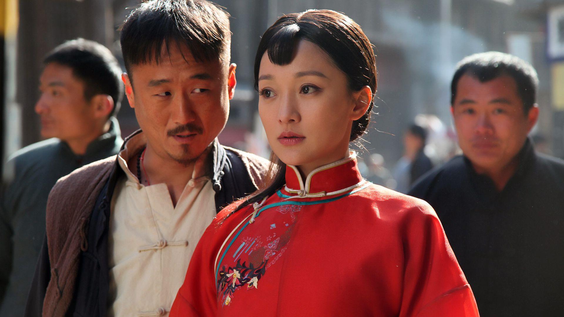 感觉骚红色的x21 这小刘海就像红高粱里面的九儿姑娘 美美哒图片