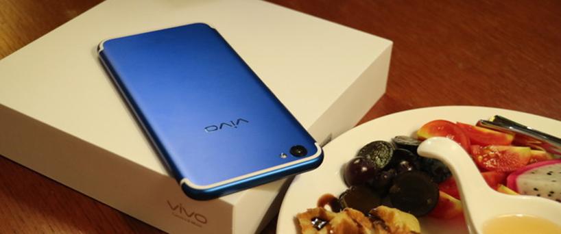 【X9评测】时尚与活力的标志  vivo X9活力蓝简评