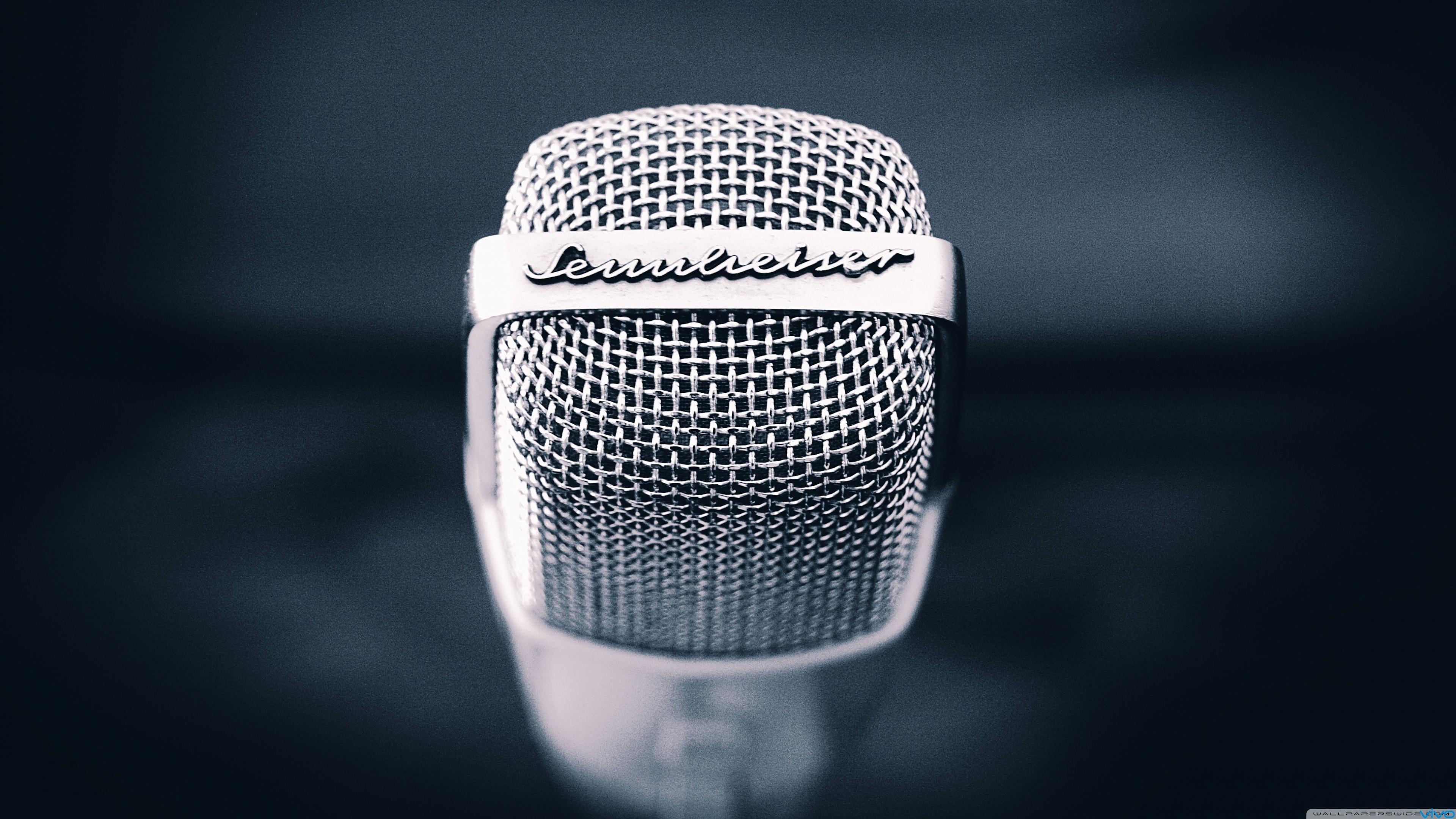 talk_2_the_mic-wallpaper-3840x2160.jpg