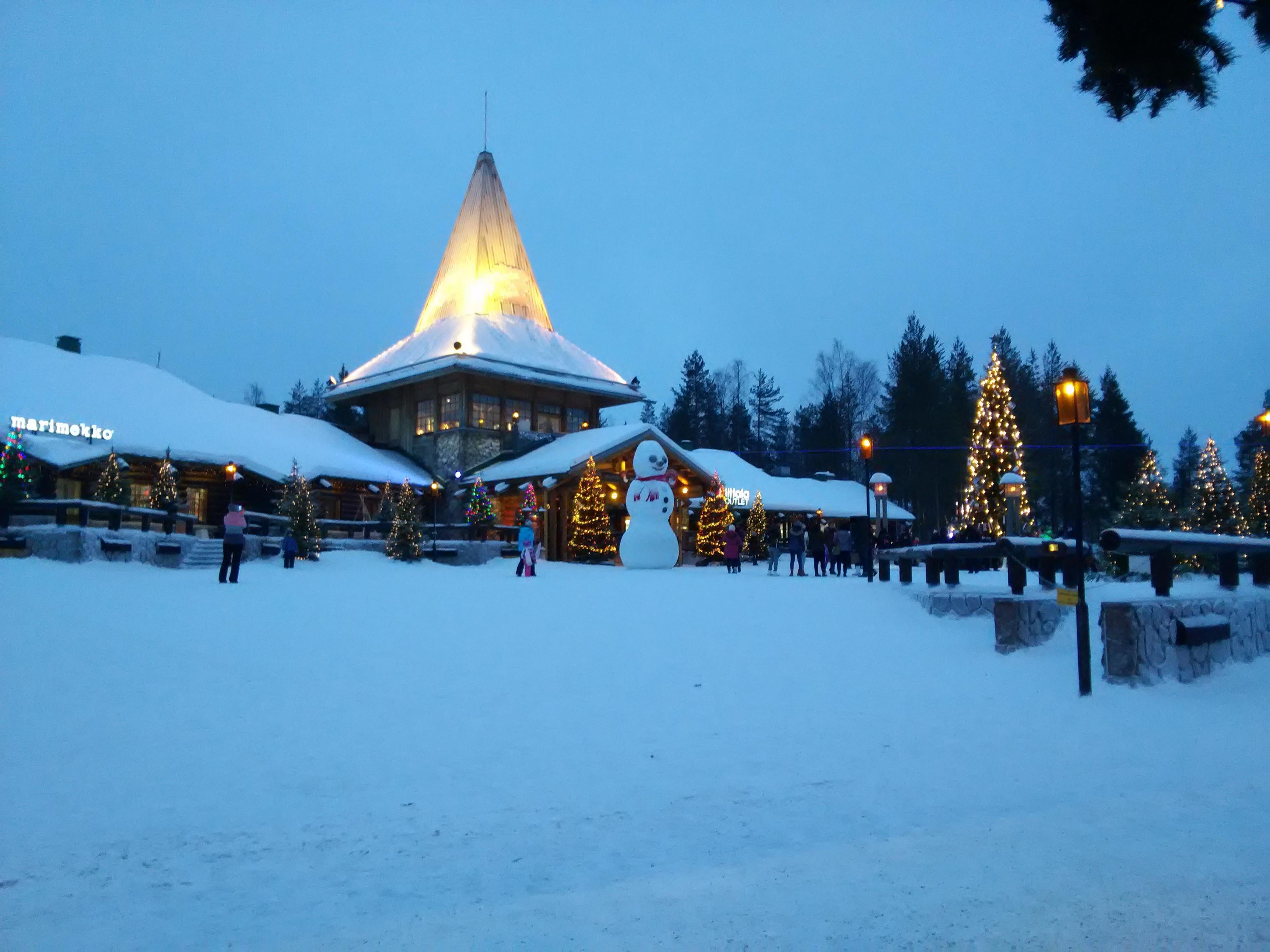 圣诞老人村一角