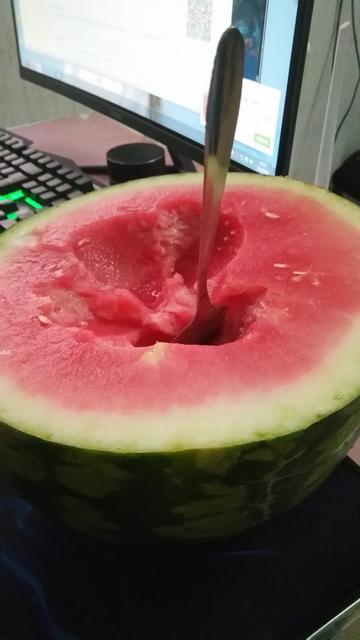 这个夏天你需要半个西瓜