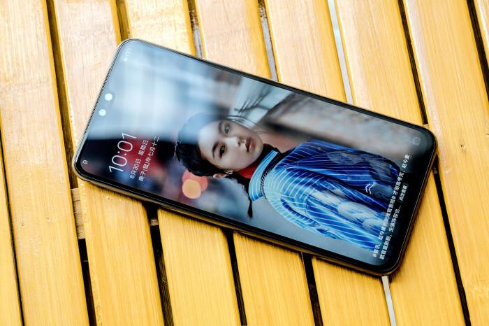 颜值超高 专注自拍,vivo S7轻薄创意5G手机插图(9)