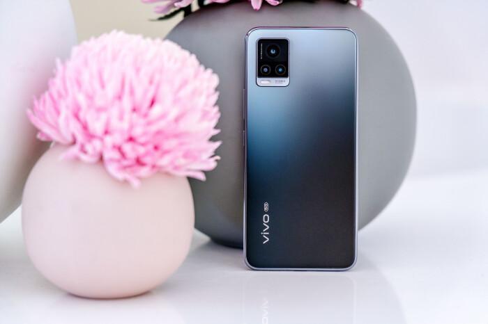 颜值超高 专注自拍,vivo S7轻薄创意5G手机插图(1)
