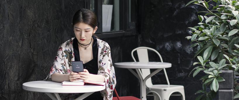 【X21评测】颜控小姐姐选X21手机,不仅仅因为好看