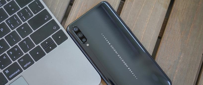 【iQOO评测】iQOO武士黑,拥有极致美学的手机